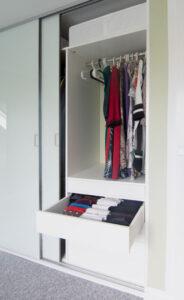 Indbygget garderobeskab
